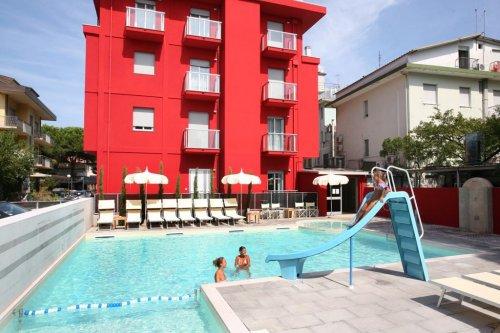 Residence altomare riccione rimini prenota subito - Residence riccione con piscina ...