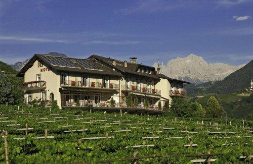 Hotel rentschnerhof bolzano prenota subito for Subito it bolzano arredamento