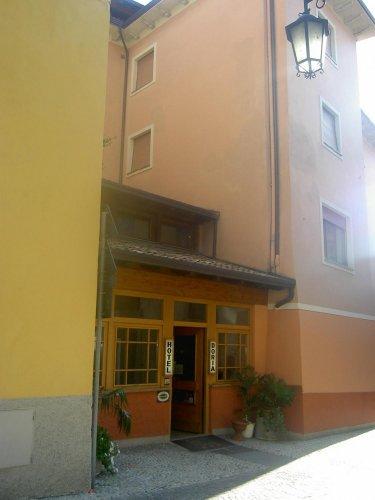 Doria hotel nago torbole trento prenota subito for Subito it trento arredamento
