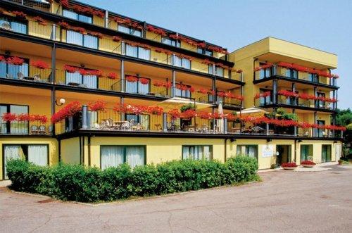 Hotel Riva del Sole - Moniga Del Garda (Brescia) - Buchen ...