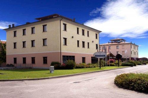 Hotel tricolore reggio emilia prenota subito for Subito it reggio emilia arredamento