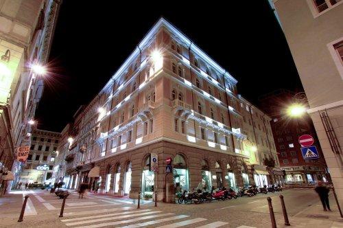 Hotel continentale trieste prenota subito for Subito it arredamento trieste