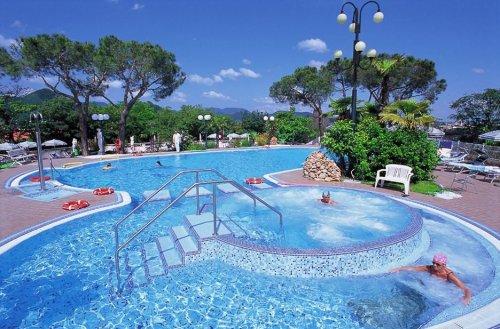 Hotel augustus terme montegrotto terme padova prenota subito - Montegrotto terme piscina ...
