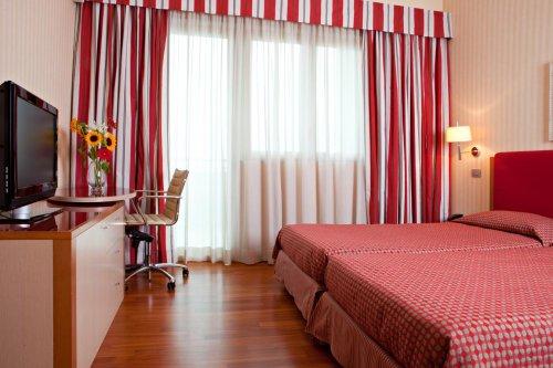 Atahotel quark due milano prenota subito for Quark hotel milano