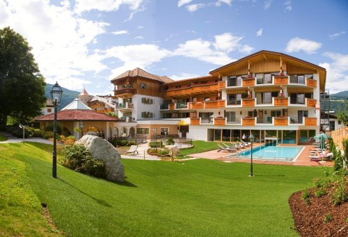 Hotel mirabell valdaora valpusteria bolzano - Hotel valdaora con piscina ...