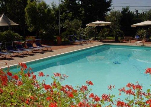 Best western soave hotel san bonifacio verona for Putas en la piscina