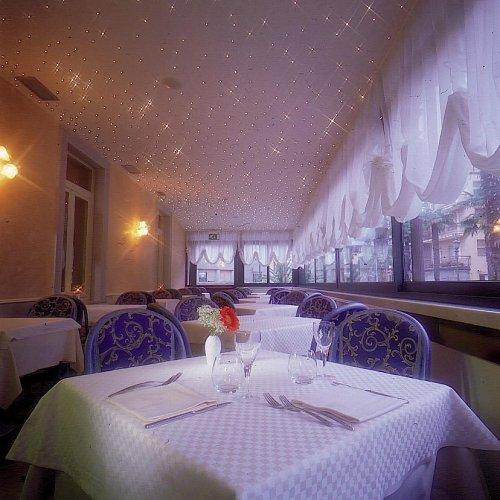Hotel olivo arco trento prenota subito for Subito it trento arredamento