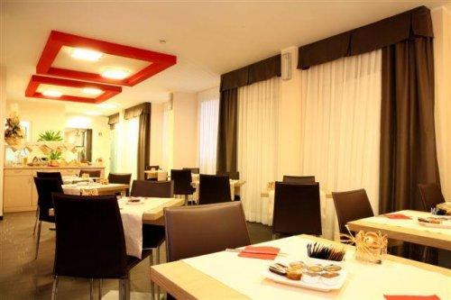 Hotel Mediterraneo Villa Cortese