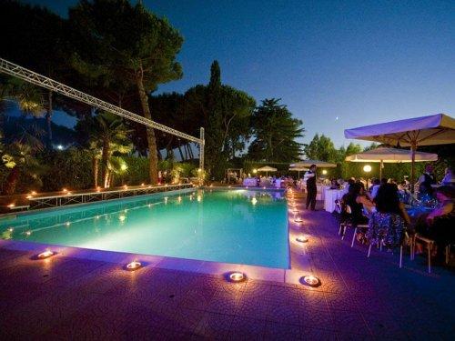 Hotel parco la borghesiana roma prenota subito - Hotel piscina roma ...