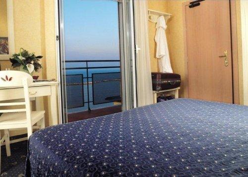 Hotel mondial bellaria igea marina rimini prenota subito