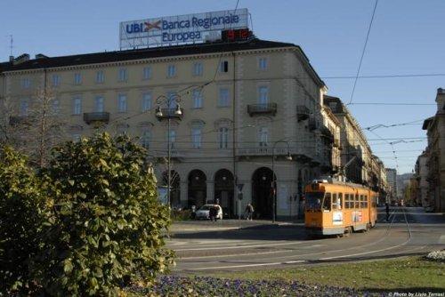 Hotel dock milano torino prenota subito for Hotel design torino