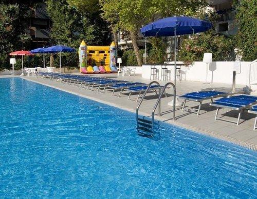 Hotel caravelle cattolica rimini prenota subito - Bagno 99 cattolica ...