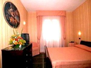 hotel la pace pisa prenota subito. Black Bedroom Furniture Sets. Home Design Ideas