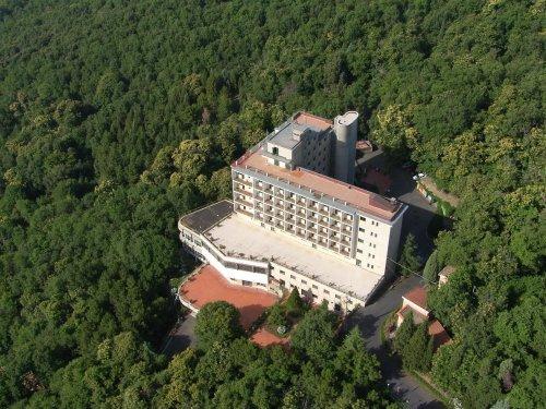emmaus hotel - zafferana etnea (catania) - prenota subito! - Mobili A Zafferana