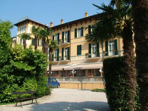 Hotel maderno toscolano maderno brescia prenota subito - Hotel giardino toscolano maderno ...