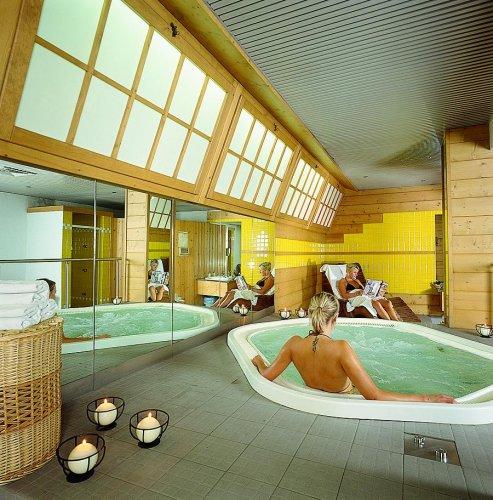Baita dei pini bormio sondrio prenota subito - Hotel bormio con piscina ...