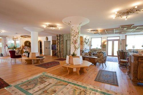 Hotel rosa resort cavareno trento prenota subito for Subito it trento arredamento