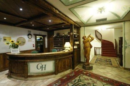 Golf hotel localit costa trento prenota subito for Subito it trento arredamento