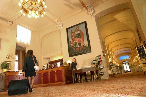 Grand Hotel Italia Sala Foyer : Palace grand hotel varese prenota subito