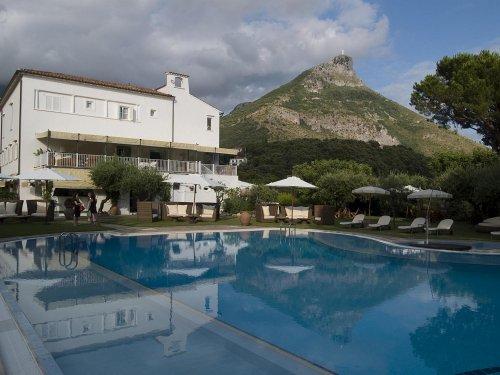 Casa con piscina a Maratea