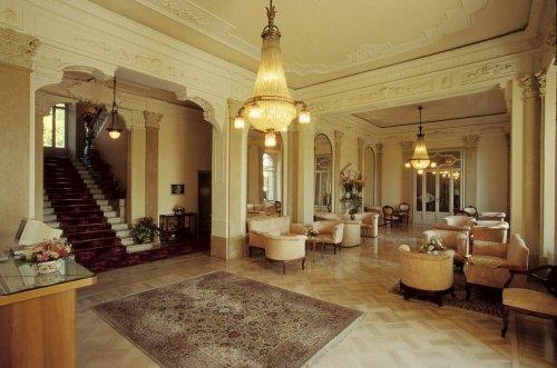 Grand Hotel Italia Sala Foyer : Grand hotel victoria menaggio como prenota subito