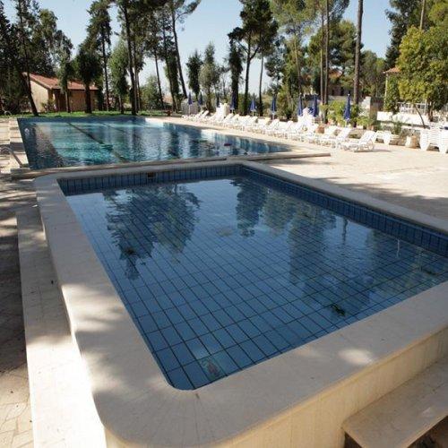 Grand hotel bonaccorsi pedara catania prenota subito - Hotel con piscina catania ...