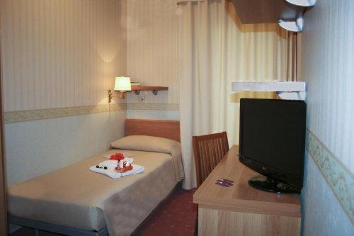 Hotel al cigno lignano sabbiadoro udine prenota subito for Subito it arredamento udine
