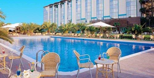 Grand hotel duca d 39 este tivoli terme roma prenota - Parco tivoli piscina ...
