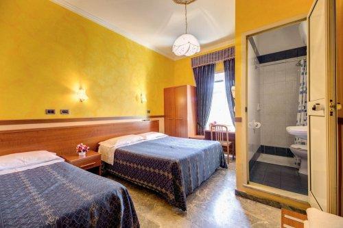 Hotel soggiorno blu roma prenota subito for Soggiorno blu hotel roma