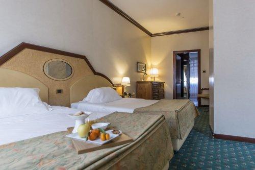 Acquistare un albergo ad Alessandria il 1 line