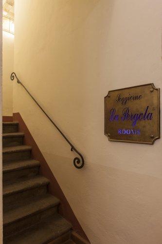 Soggiorno La Pergola - Florence - Book Now!