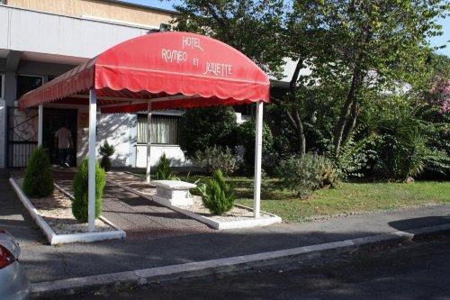 Hotel Giulietta e Romeo - Casal Palocco (Roma) - Prenota Subito!
