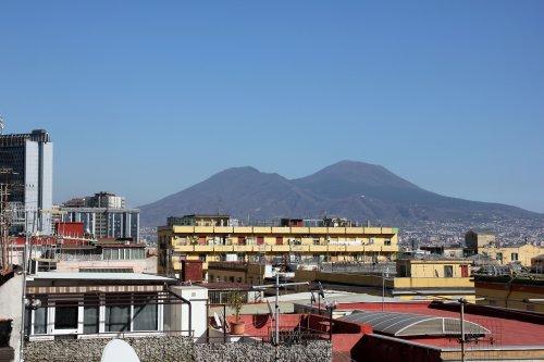 Soggiorno Elia - Napoli - Prenota Subito!
