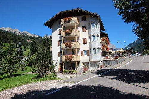 Hotel rosalpina soraga trento prenota subito for Subito it trento arredamento