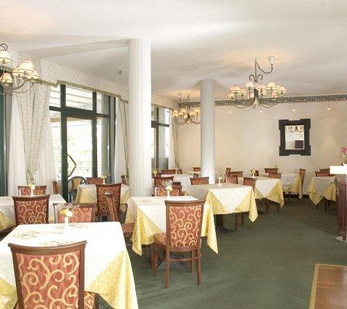 Hotel Via Emilia Levante Bologna