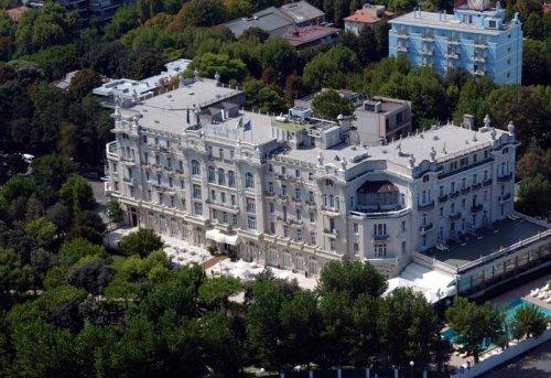 Grand hotel rimini rimini prenota subito - Hotel nuovo giardino rimini ...