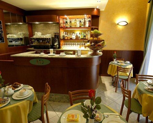 Hotel dor milano prenota subito for Subito milano