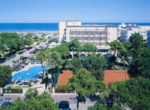 Grand hotel gallia milano marittima ravenna prenota subito - Hotel con piscina coperta milano marittima ...