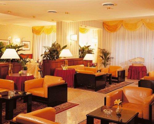 Hotel ascot milano prenota subito for Hotel ascot milano