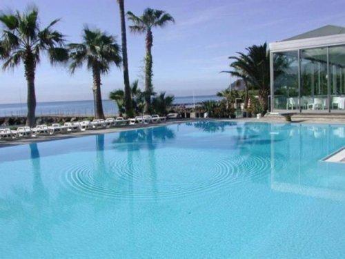 Hotel caravelle diano marina imperia r servez for Caravelle piscine