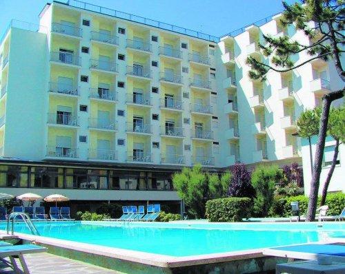 Hotel doge milano marittima ravenna prenota subito - Piscina comunale ravenna prezzi ...