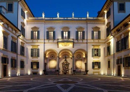 Villa san carlo borromeo senago milano prenota subito - Piscina san carlo milano ...