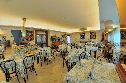 Hotel Metropolitan Cesenatico Forl Cesena Prenota