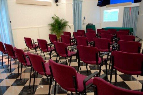 Hotel villa romeo catania prenota subito for Subito offerte lavoro catania