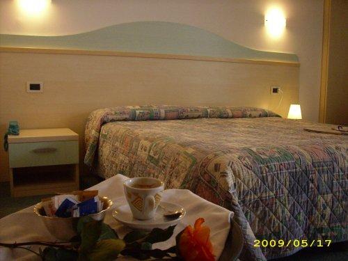 Hotel salus lignano sabbiadoro udine prenota subito for Subito it arredamento udine