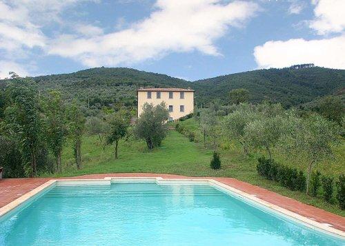 Villa di missiano panicale perugia prenota subito - Subito it piscine ...