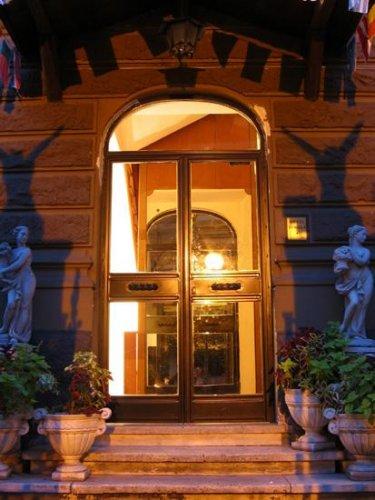 Hotel Daniela Via Luzzatti  Roma