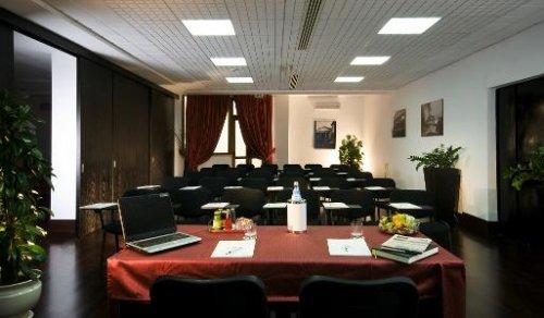 Sala Fumatori Ciampino : Hotel excel roma ciampino frattocchie roma prenota subito