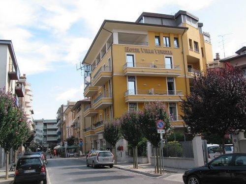 Hotel villa venezia grado gorizia prenota subito for Hotel meuble villa patrizia grado
