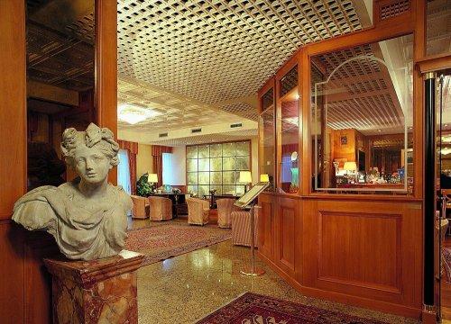 Hotel greif maria theresia barcola trieste prenota for Subito it arredamento trieste